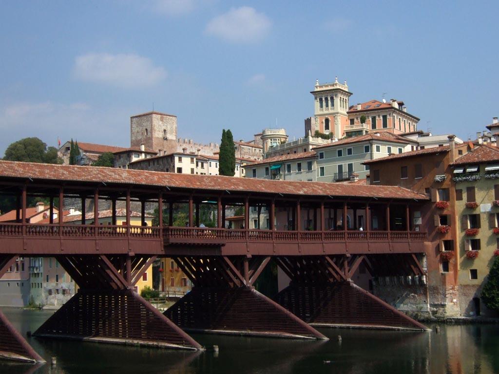 Bassano Del Grappa Italy  city photos : Bassano del Grappa | Italy in 30 Seconds
