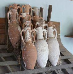 amphorae-ship