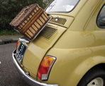 cinquecento-and-picnic-hamper